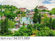 Крым. Жилые дома в Гурзуфе (2019 год). Стоковое фото, фотограф Megapixx / Фотобанк Лори