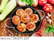 Burgers with oat flakes and zucchini. Стоковое фото, фотограф Надежда Мишкова / Фотобанк Лори