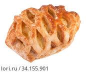 Купить «Небольшая булочка с ванильной начинкой на белом фоне», фото № 34155901, снято 17 июня 2020 г. (c) Румянцева Наталия / Фотобанк Лори