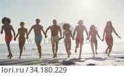Купить «Friends running side by side », видеоролик № 34180229, снято 25 февраля 2020 г. (c) Wavebreak Media / Фотобанк Лори