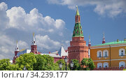 View of the Kremlin on a cloud background, Moscow, Russia--the most popular view of Moscow. Стоковое видео, видеограф Владимир Журавлев / Фотобанк Лори