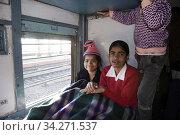 Sleeping carriage on train in India. Photo: André Maslennikov (2008 год). Редакционное фото, фотограф Andre Maslennikov / age Fotostock / Фотобанк Лори