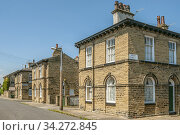 Saltaire is a Victorian model village within the City of Bradford Metropolitan District, West Yorkshire, England, by the River Aire and the Leeds and Liverpool... Стоковое фото, фотограф Olaf Protze / age Fotostock / Фотобанк Лори