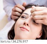 Купить «Woman visiting doctor cosmetologyst in beauty concept», фото № 34276917, снято 16 ноября 2017 г. (c) Elnur / Фотобанк Лори