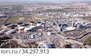 View of chemical factory complex near Salou, Spain. Стоковое видео, видеограф Яков Филимонов / Фотобанк Лори