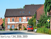 The Village of Ahlden, Lower Saxony, Germany. Das Dorf Ahlden, Niedersachsen, Deutschland. Стоковое фото, фотограф Zoonar.com/Ulf Nammert / easy Fotostock / Фотобанк Лори