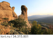 Rock formations of the Demerdji mountain, Crimea. View of the Valley of Ghosts (2020 год). Стоковое фото, фотограф Яна Королёва / Фотобанк Лори