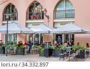 Paname french cuisine restaurant in Saifi Village residential upscale neighbourhood located in Beirut, Lebanon. (2019 год). Редакционное фото, фотограф Konrad Zelazowski / age Fotostock / Фотобанк Лори