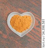 Gewürze in einer weißen Schale für die Food Fotografie Spices in a... Стоковое фото, фотограф Zoonar.com/Volker Schlichting / easy Fotostock / Фотобанк Лори