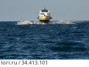 Vulcano, Sicily, Italy - Ferry service, Aeolian Islands (2018 год). Редакционное фото, агентство Caro Photoagency / Фотобанк Лори