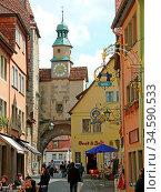 Rothenburg, rothenburg ob der tauber, röderbogen, uhr, turm, turmuhr... Стоковое фото, фотограф Zoonar.com/Volker Rauch / easy Fotostock / Фотобанк Лори