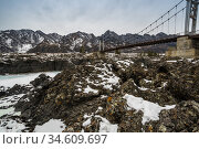View of the bridge over river Katun in Altay mountains. Стоковое фото, фотограф Юлия Белоусова / Фотобанк Лори