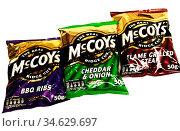 Close-up of McCoy's potato crisp range, BBQ rib, Cheddar & Onion, ... Стоковое фото, фотограф Newscast / age Fotostock / Фотобанк Лори