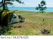 camping by the sea, no people, camping tent and two chairs in a picturesque location. Стоковое фото, фотограф Константин Лабунский / Фотобанк Лори