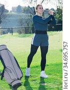 Female golfer at golf course. Стоковое фото, фотограф Яков Филимонов / Фотобанк Лори