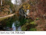 Hasenbach im Werfental, Schwaebische Alb, bei Hayingen nahe der Wimsener... Стоковое фото, фотограф Zoonar.com/Jürgen Vogt / easy Fotostock / Фотобанк Лори