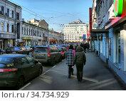 Пятницкая улица. Район Замоскворечье. Город Москва (2009 год). Редакционное фото, фотограф lana1501 / Фотобанк Лори