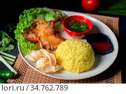Chicken rice with drumstick, popular traditional Malaysian local food. Стоковое фото, фотограф Zoonar.com/szefei / easy Fotostock / Фотобанк Лори