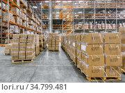 Large industrial warehouse. Стоковое фото, фотограф Андрей Радченко / Фотобанк Лори