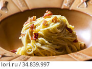 Pasta Carbonara with Bacon and Egg and Parmesan Cheese. Стоковое фото, фотограф Richard Semik / easy Fotostock / Фотобанк Лори