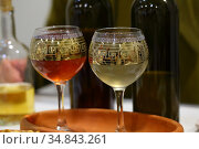Still life with white and red wine. Стоковое фото, фотограф Марина Володько / Фотобанк Лори