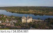 Aerial dolly out shot of medieval fort in Soroca, Republic of Moldova. Стоковое видео, видеограф Сергей Старуш / Фотобанк Лори