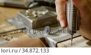 Jewelry designer working in workshop 4k. Стоковое видео, агентство Wavebreak Media / Фотобанк Лори
