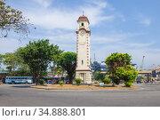 Вид на башню Khan Clock Tower солнечным днем. Коломбо, Шри-Ланка. Редакционное фото, фотограф Виктор Карасев / Фотобанк Лори