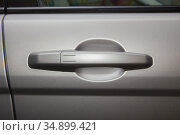 Car door handle close-up. Стоковое фото, фотограф Юрий Бизгаймер / Фотобанк Лори
