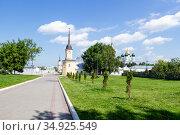 Kolomna, Russia - July 7, 2020: Holy Trinity Novo-Golutvin Monastery on a sunny day. Редакционное фото, фотограф Артем Блинов / Фотобанк Лори