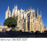 Cathedral in Leon, Plaza Regla, Spain. Walking the Camino. Pilgrimage... Стоковое фото, фотограф Andre Maslennikov / age Fotostock / Фотобанк Лори