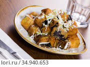 Plate with steamed eggplants with honey and cheese. Стоковое фото, фотограф Яков Филимонов / Фотобанк Лори