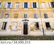 Facade in the portico of Santi Bonifacio ed Alessio basilica on the... Стоковое фото, фотограф Stefano Ravera / age Fotostock / Фотобанк Лори