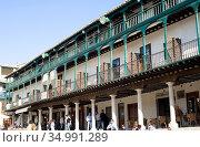 Chinchon, Plaza Mayor (15-17th centuries). Comunidad de Madrid, Spain. Стоковое фото, фотограф J M Barres / age Fotostock / Фотобанк Лори