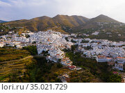 Mountain landscape with Spanish town of Competa on slopes. Стоковое фото, фотограф Яков Филимонов / Фотобанк Лори