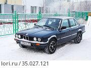 BMW 324d (2012 год). Редакционное фото, фотограф Art Konovalov / Фотобанк Лори