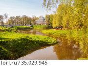 Spring cityscape. Uglich (2019 год). Стоковое фото, фотограф Юлия Бабкина / Фотобанк Лори