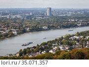 Rhine near Koenigswinter and Bonn, North Rhine-Westphalia, Germany, Europe. Редакционное фото, агентство Caro Photoagency / Фотобанк Лори