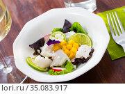 Hake ceviche with mango and lime. Стоковое фото, фотограф Яков Филимонов / Фотобанк Лори