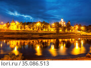 Yaroslavl at night, a view of the illuminated Transfiguration Monastery, reflected in the river (2019 год). Стоковое фото, фотограф Юлия Бабкина / Фотобанк Лори