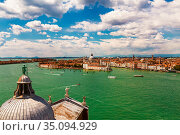 The view of the Venetian lagoon and Venice from the bell tower of the Cathedral of San Giorgio Maggiore, Italy (2017 год). Стоковое фото, фотограф Наталья Волкова / Фотобанк Лори
