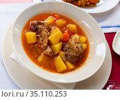 Delicious shurpa from mutton with oriental spices. Стоковое фото, фотограф Яков Филимонов / Фотобанк Лори