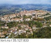 Aerial view of Cordes sur Ciel, labelled The Most Beautiful Villages... Стоковое фото, фотограф Sergi Reboredo / age Fotostock / Фотобанк Лори