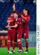 Lorenzo Pellegrini (Roma) celebrates with Jordan Veretout and Chris... Редакционное фото, фотограф Federico Proietti / Sync / AGF/Federico Proietti / / age Fotostock / Фотобанк Лори