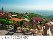 The view on Signagi and Alazani valley, Georgia. Sighnaghi city of love in Georgia, Kakheti region. (2018 год). Стоковое фото, фотограф Константин Лабунский / Фотобанк Лори