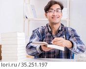 Writer presenting his books to public. Стоковое фото, фотограф Elnur / Фотобанк Лори