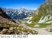 Mountain landscape in Pralognan la Vanoise. French alps. Стоковое фото, фотограф Zoonar.com/Laurent Davoust / easy Fotostock / Фотобанк Лори