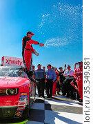 Fontana, CA - Mar 21, 2015: Kevin Harvick (88) wins the Drive4Clots... Стоковое фото, фотограф Zoonar.com/Walter G Arce Sr ASP Inc / age Fotostock / Фотобанк Лори