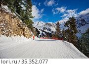 Ski trail on the in Prolongan mountain resort. Стоковое фото, фотограф Сергей Новиков / Фотобанк Лори