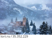 Church and snow in the old French mountain village (2020 год). Стоковое фото, фотограф Сергей Новиков / Фотобанк Лори